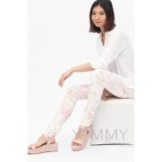 Универсальные брюки из джинсы с цветочным принтом